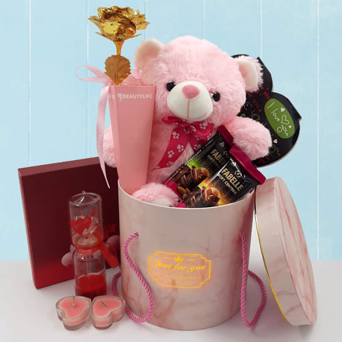 Admirable Love In The Air Valentine Gift Hamper
