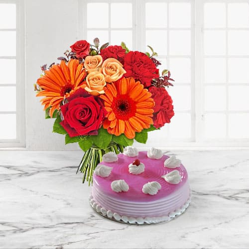 Fresh Baked Anniversary Cake n Flowers Bouquet