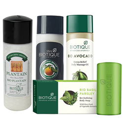Hypnotic Display of Mens Essential Biotique Gift Combo