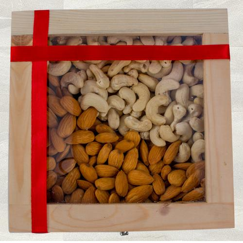 Crispy Cashew n Almonds Gift Box