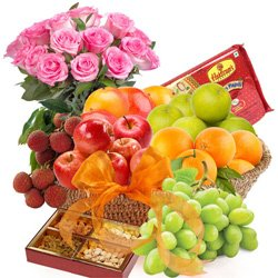 Fresh Fruits Basket with Haldiram Sweets N Roses