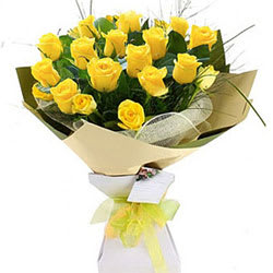 Special Paradise Found Yellow Roses Luxury Bouquet