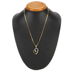 Splendor-of-Affection Heart of Gold Pendant with Chain